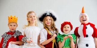 dzieci-w-kostiumach